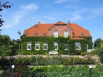 Gästehaus Muhl - Ferienwohnung in Fehmarn, Ostsee - Hausansicht