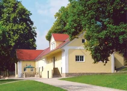 4*Klenovska Hajovna - Hotel in Jindr.Hradec, Südböhmen
