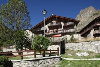 Hotel Locanda degli elfi Mascha Parp - Piemont  Mairatal Canosio - Mairatal - Das Haupthaus mit restaurant und Bar