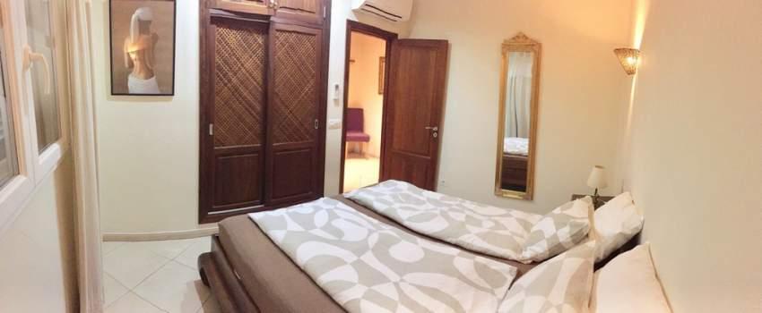 Jedes Haus mit 2 Doppel-Schlafzimmern, Klimaanlage und 2 Bädern