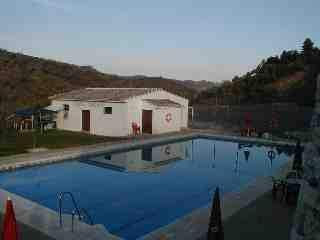 Schwimmbad des Ortes