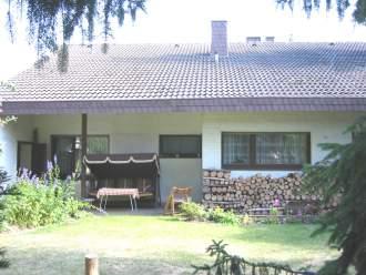 Eifel-Schwimmbad - Ferienhaus in Kreuzau, Eifel - Gartenansicht