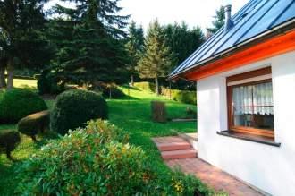 """Ferienhaus Ferienhaus """"Axel"""" - Thüringen Thüringer Wald Stützerbach Stützerbach - Blick zum Garten"""