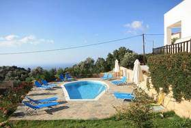 Exclusive Villa mit Pool und M - Ferienhaus in Rethymno/Rousospiti - Pool mit Blick zum Meer