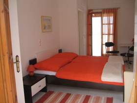 Exclusive Villa mit Pool und M - Ferienhaus in Rethymno/Rousospiti - Schlafzimmer mit DU/WC Obergeschoß