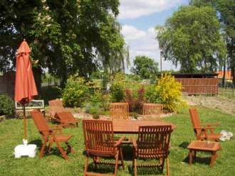 Ferienwohnung Lebenswert - FeWos im Fachwerk - Brandenburg   Vichel - Relaxen im Garten