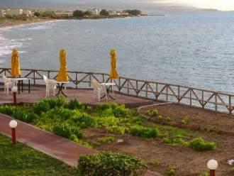 am Strand östlich von Rethymno - Ferienwohnung in Sfakaki -