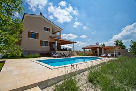 Ferienhaus Villa Stokovci mit Pool, Meerb - Istrien  Svetvincenat Stokovci