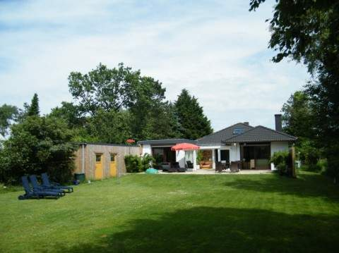 Ferienhaus Blinkfuer104 mit eingezäuntem Garten