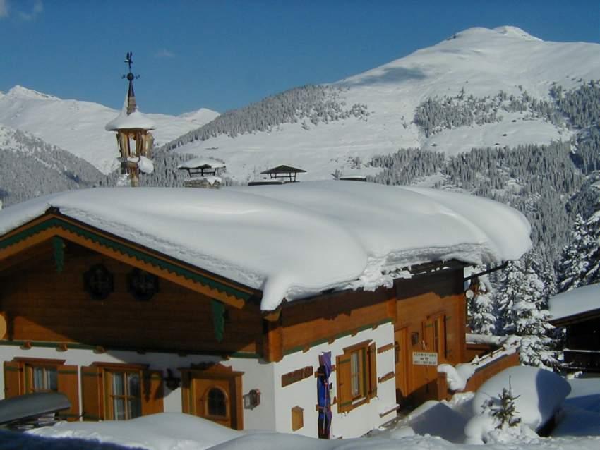 Haus von außen im Winter