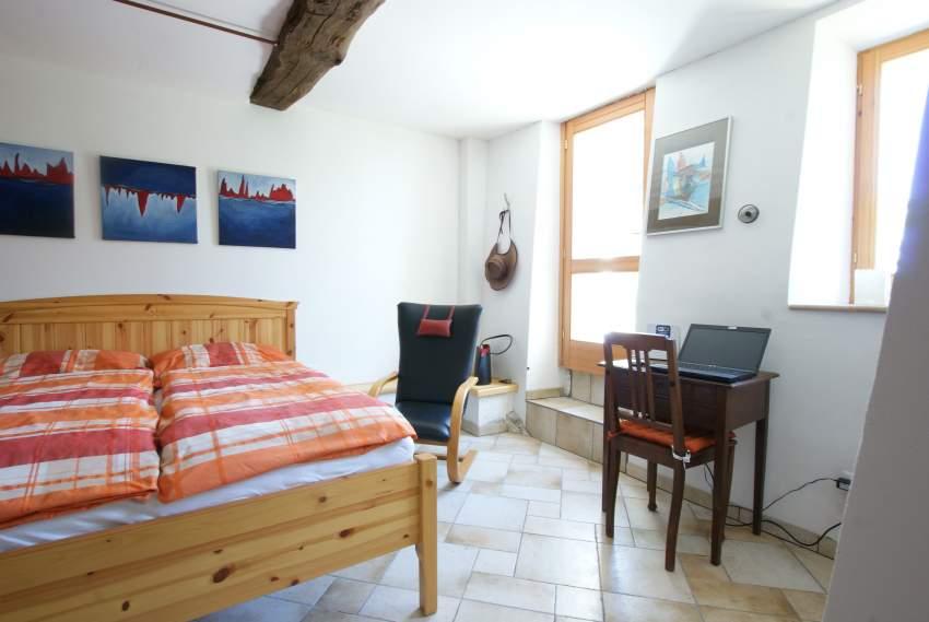 Teil des Schlafzimmers, Ausgang zur Terrasse