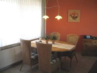 Gästehaus Uns Elke - Ferienwohnung in St. Peter-Ording - Gemütliche Essecke