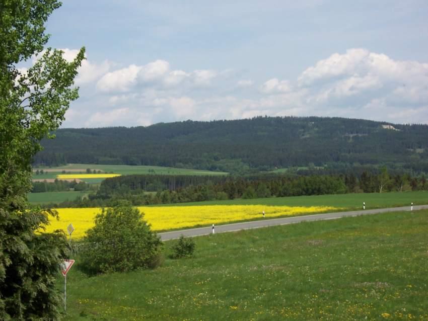 Blick vom Balkon auf die Waldsteinkette